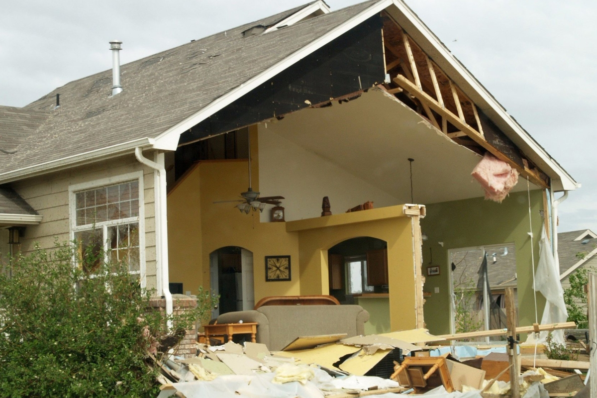 Choosing a Public Adjuster: What to Know & What to Ask